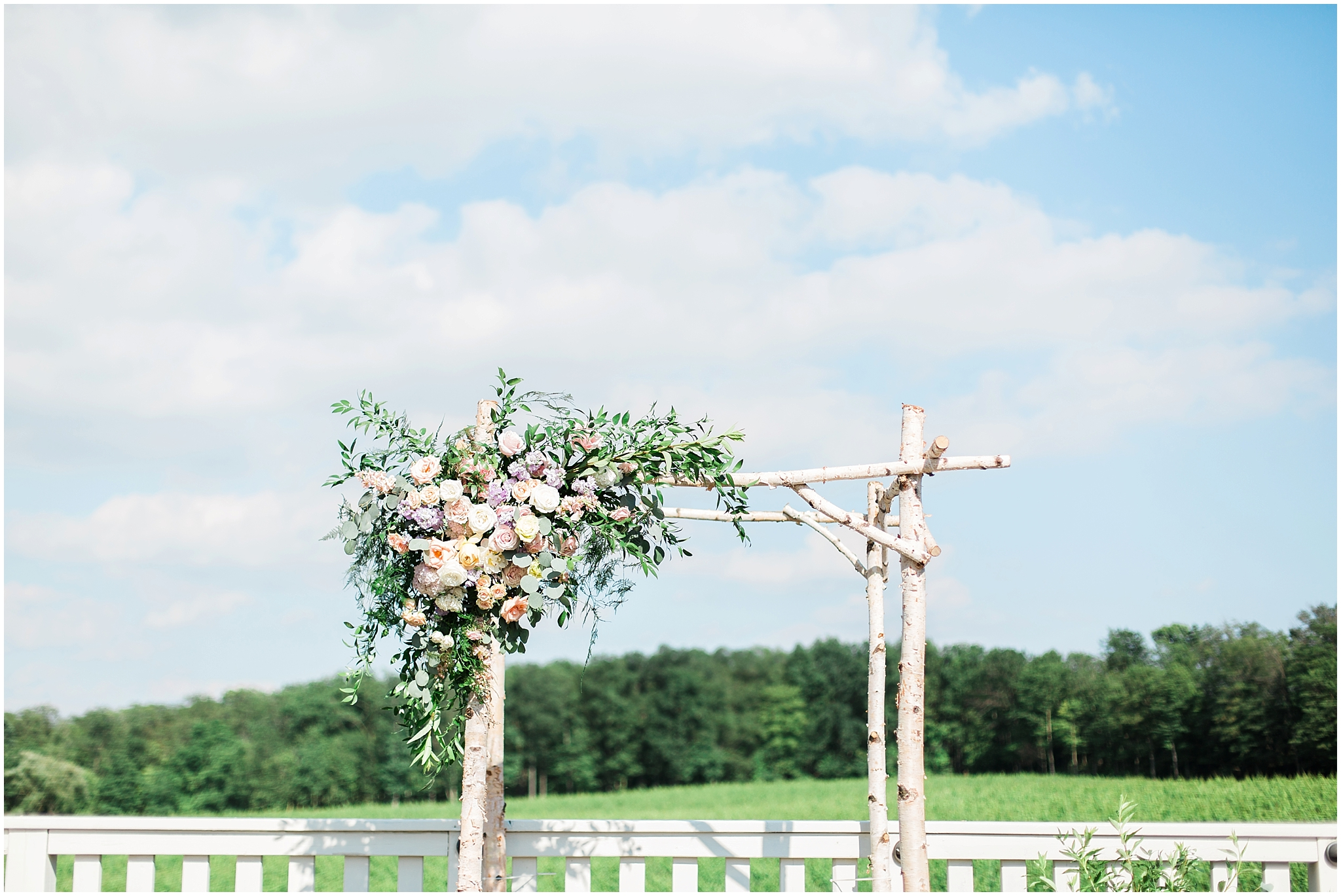 wine country florals at alter ceremony