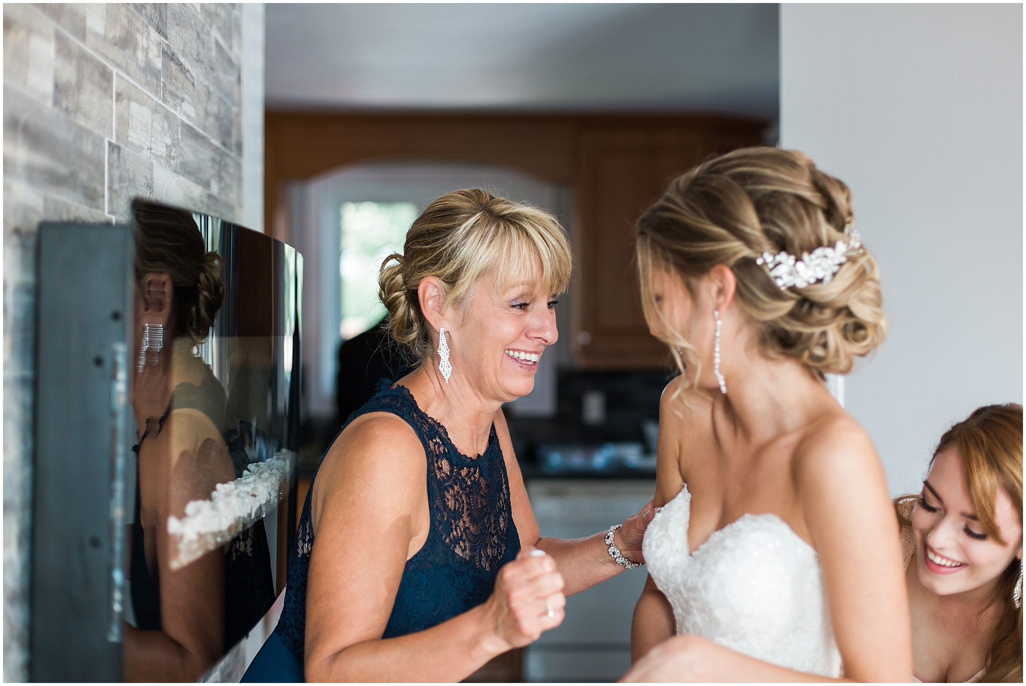 montreal bride getting ready